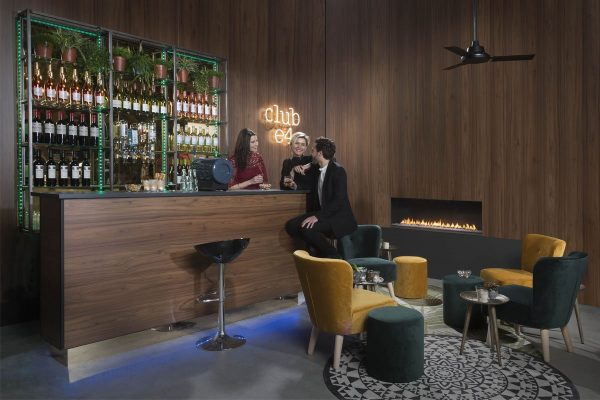 element4-club-140-fronthaard-image
